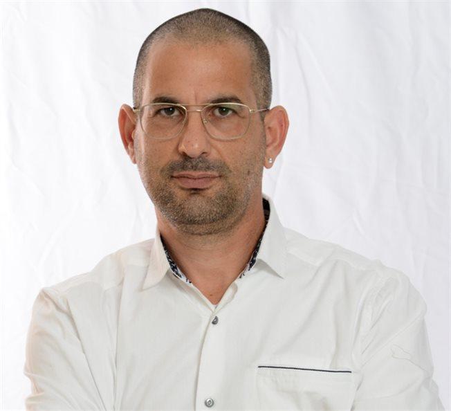 תמונה של מוטי ישראל, סמנכל שירות
